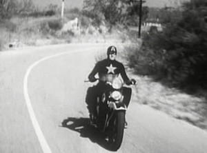 Captain_America_Motorcycle_In_Captain_America_(1944_film_serial)_(Earth-600001)