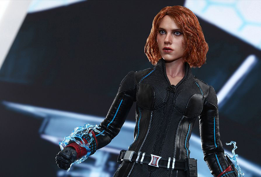 hot-toy-avengers-age-of-ultron-black-widow-11