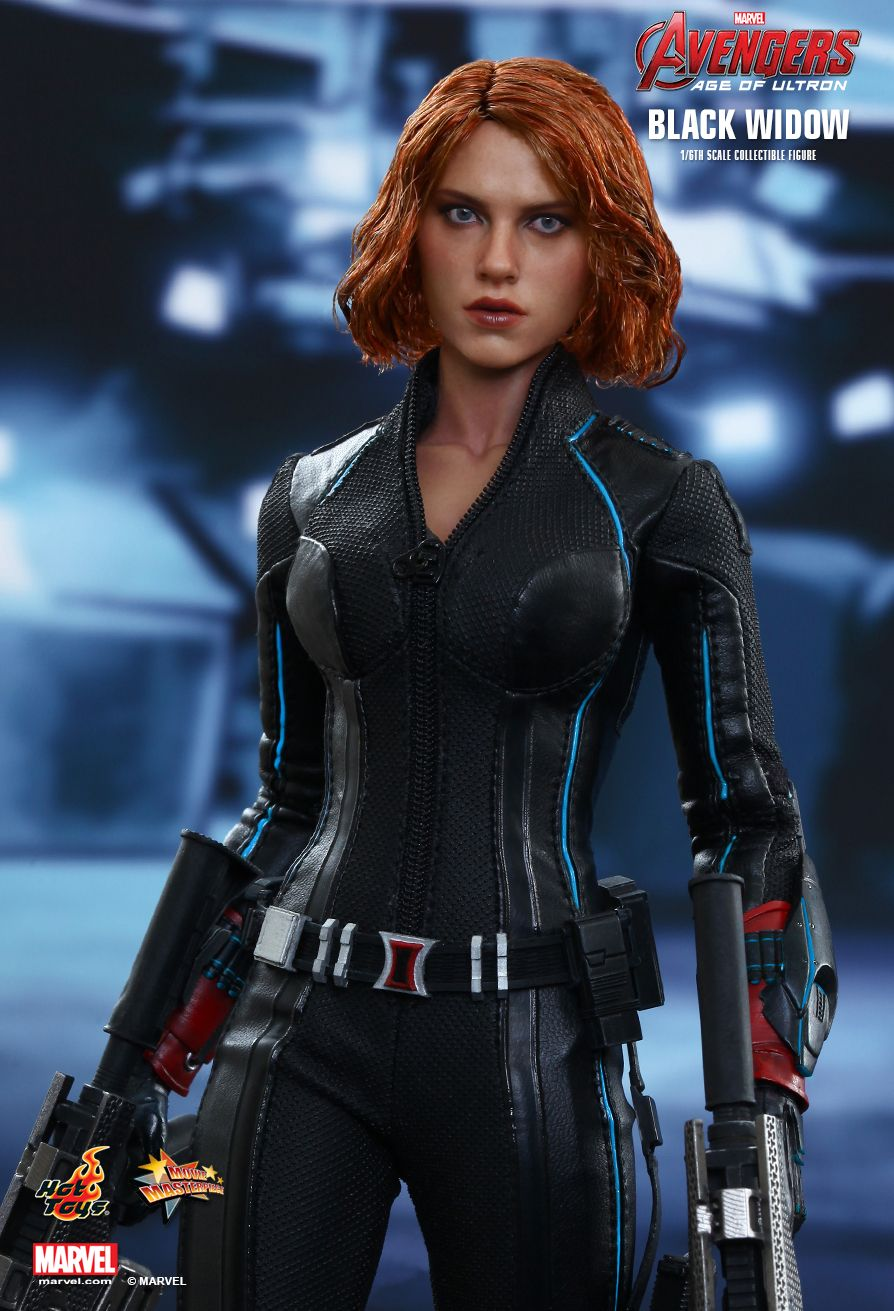 hot-toy-avengers-age-of-ultron-black-widow-6