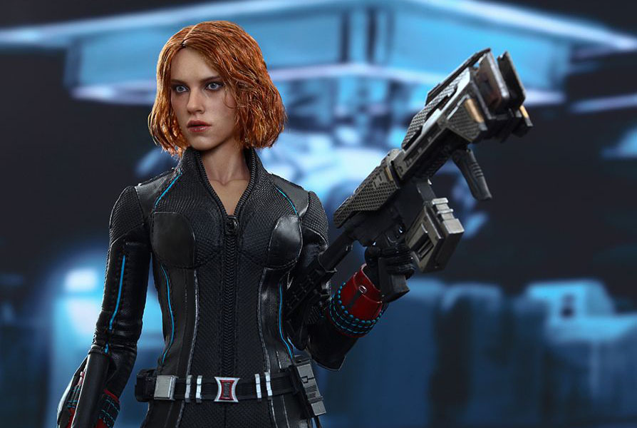 hot-toy-avengers-age-of-ultron-black-widow-8