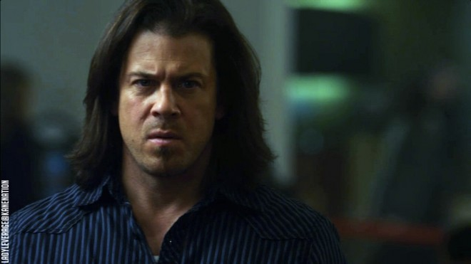 Christian-Kane-The-Cross-My-Heart-Job-Leverage-11